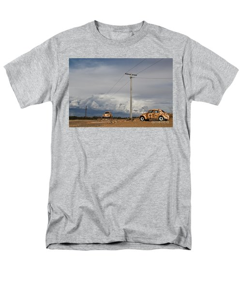 Men's T-Shirt  (Regular Fit) featuring the photograph Classic Volkswagen Beetle by Lana Enderle