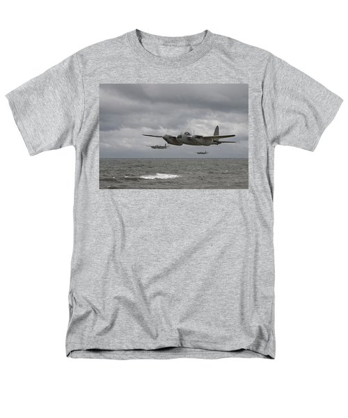 D H Mosquito Men's T-Shirt  (Regular Fit) by Pat Speirs
