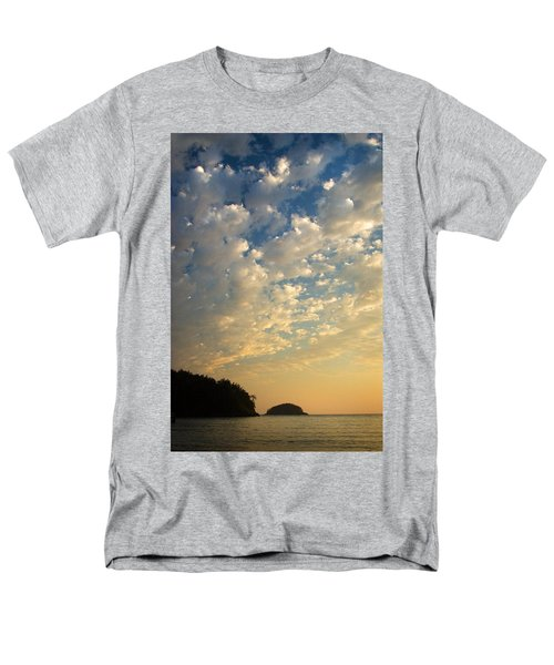 Deception Pass Men's T-Shirt  (Regular Fit) by Sonya Lang