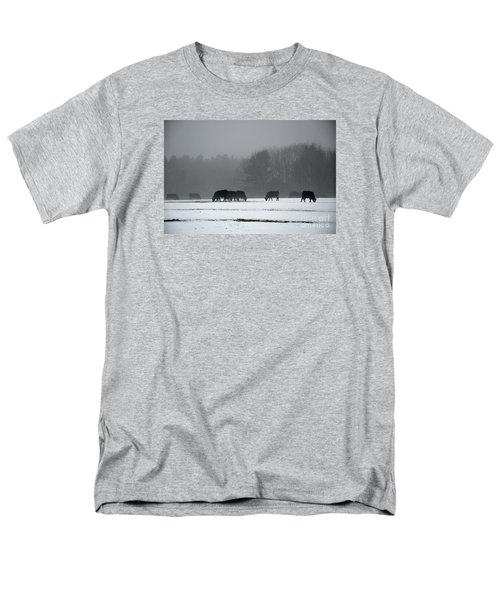 Men's T-Shirt  (Regular Fit) featuring the photograph Foraging by Glenn Gordon