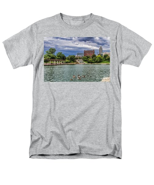 Heartland Of America Park Men's T-Shirt  (Regular Fit)
