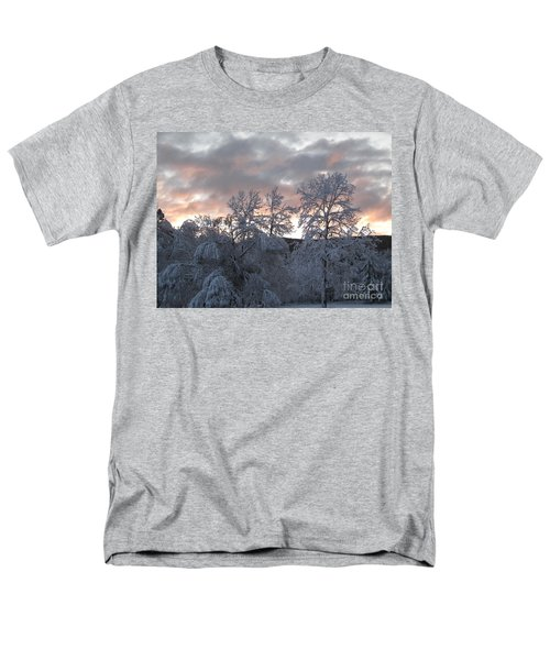 Kent Ct Oct 2011 Men's T-Shirt  (Regular Fit) by HEVi FineArt