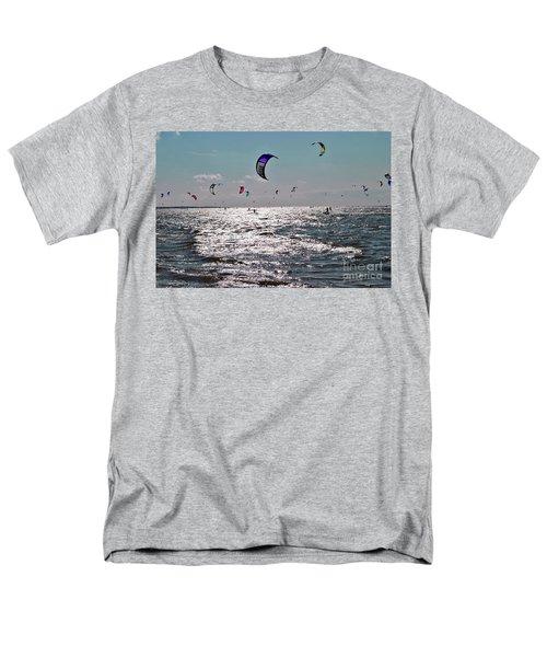 Kitesurfing Men's T-Shirt  (Regular Fit)