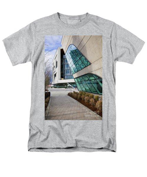 Leaning Men's T-Shirt  (Regular Fit)
