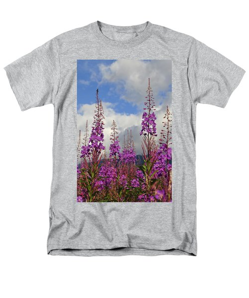 Men's T-Shirt  (Regular Fit) featuring the photograph Reach For The Sky by Cathy Mahnke
