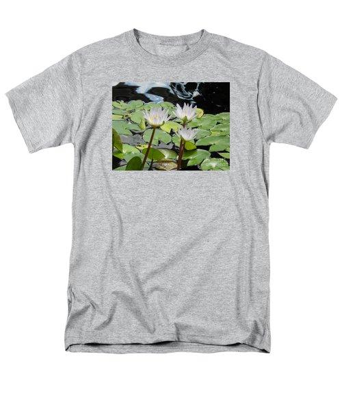 Men's T-Shirt  (Regular Fit) featuring the photograph Standing Tall by Chrisann Ellis