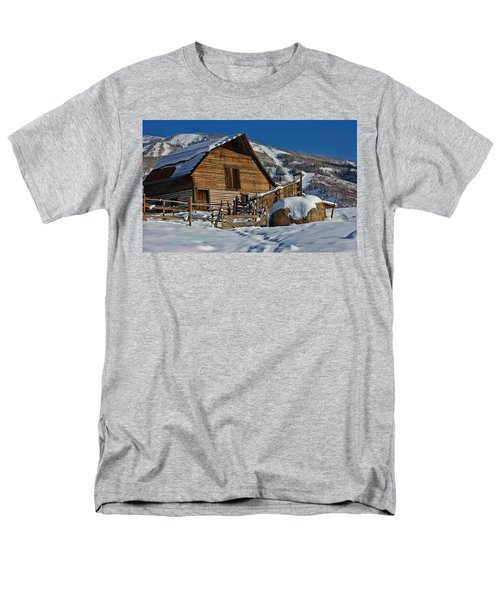 Steamboat Barn Men's T-Shirt  (Regular Fit) by Don Schwartz