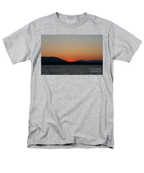 Sunset Lines Of Lake Umbagog  Men's T-Shirt  (Regular Fit)