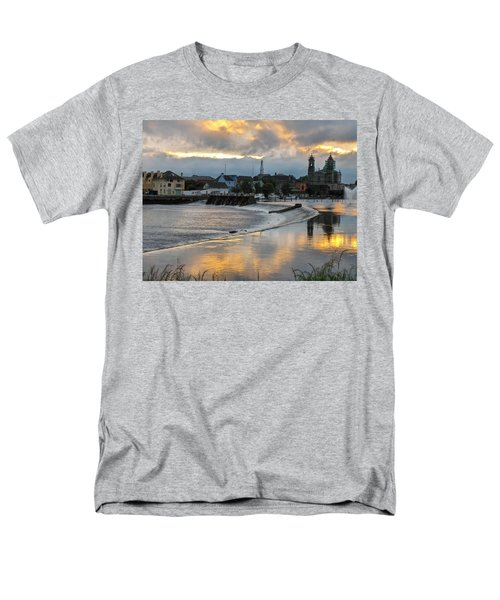 The Shannon River Men's T-Shirt  (Regular Fit) by Brenda Brown