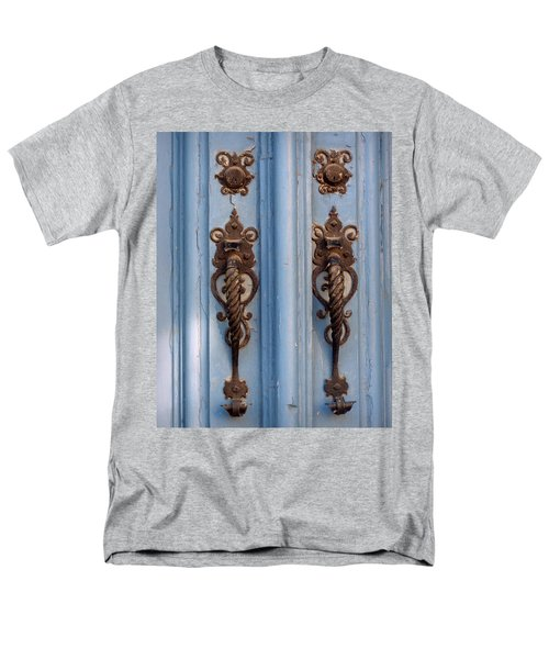 Men's T-Shirt  (Regular Fit) featuring the photograph Two Of A Kind by Joseph Skompski