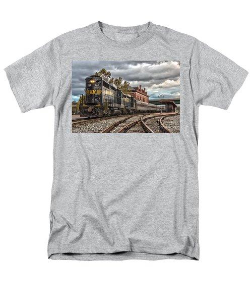 Western Maryland Scenic Railroad Men's T-Shirt  (Regular Fit)