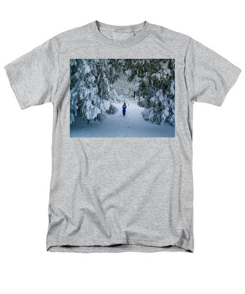 Winter Wonderland Men's T-Shirt  (Regular Fit) by Richard Brookes