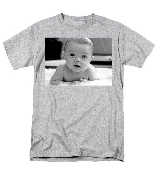 Bright Eyes Men's T-Shirt  (Regular Fit) by Lisa Phillips