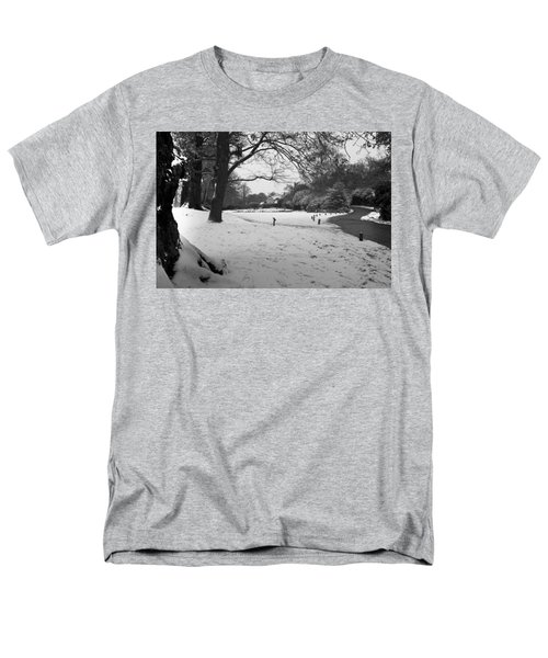 Men's T-Shirt  (Regular Fit) featuring the photograph Park Cottage by Maj Seda