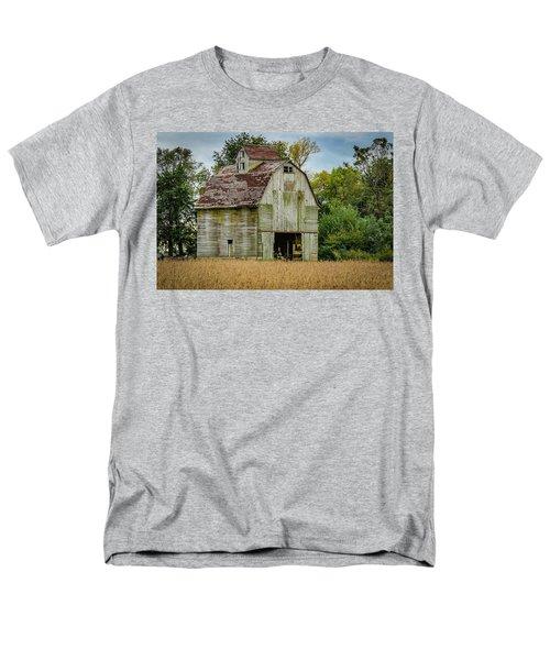 Iowa Barn Men's T-Shirt  (Regular Fit) by Ray Congrove