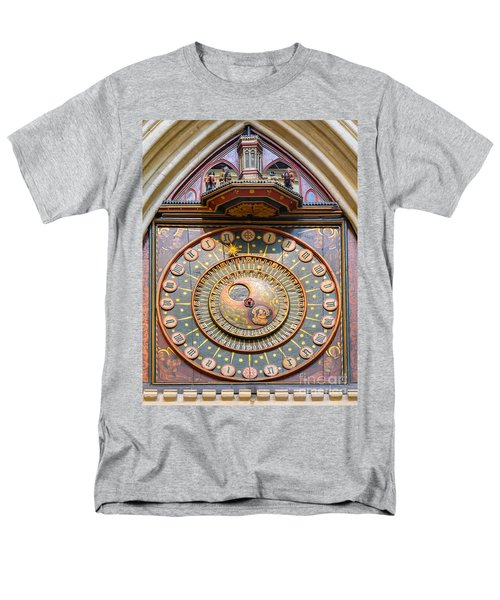 Wells Cathedral Clock Men's T-Shirt  (Regular Fit) by Colin Rayner