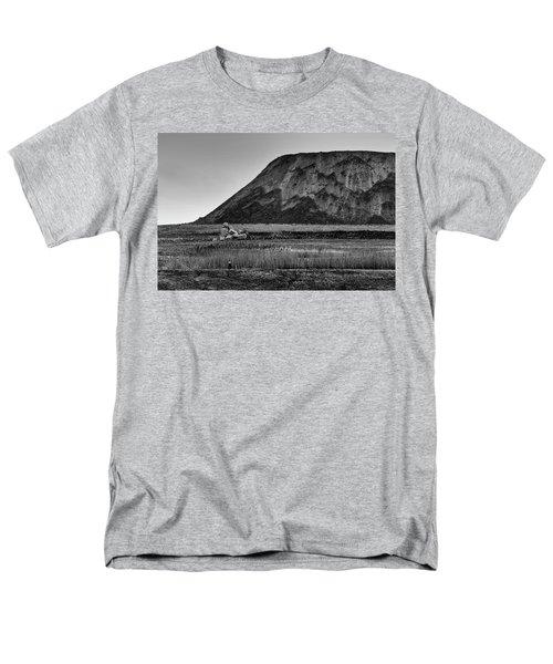 Fresh Kills Men's T-Shirt  (Regular Fit)