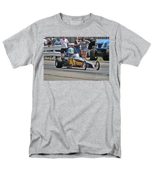 2999 05-03-2015 Esta Safety Park Men's T-Shirt  (Regular Fit) by Vicki Hopper