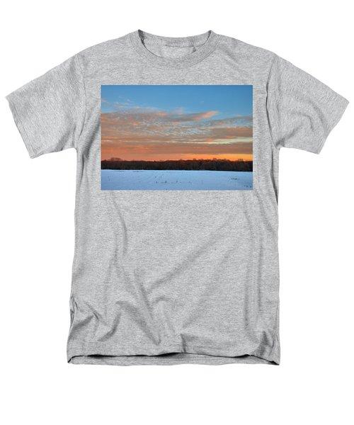 After Storm Jonas Men's T-Shirt  (Regular Fit)