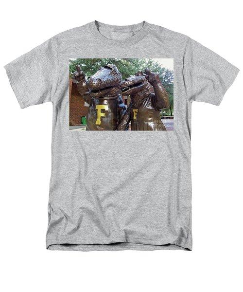 Albert And Alberta Men's T-Shirt  (Regular Fit) by D Hackett