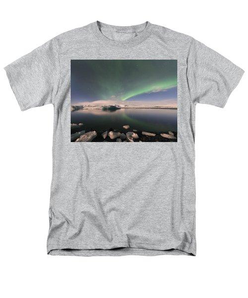 Aurora Borealis And Reflection Men's T-Shirt  (Regular Fit)
