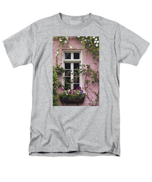 Back Alley Window Box - D001793 Men's T-Shirt  (Regular Fit) by Daniel Dempster