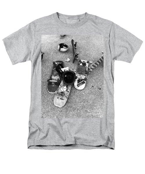 Bored Boards Men's T-Shirt  (Regular Fit) by WaLdEmAr BoRrErO