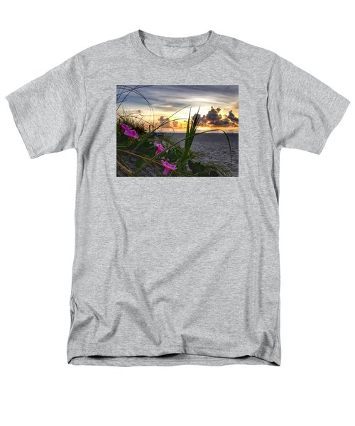 Beach Flowers Men's T-Shirt  (Regular Fit)