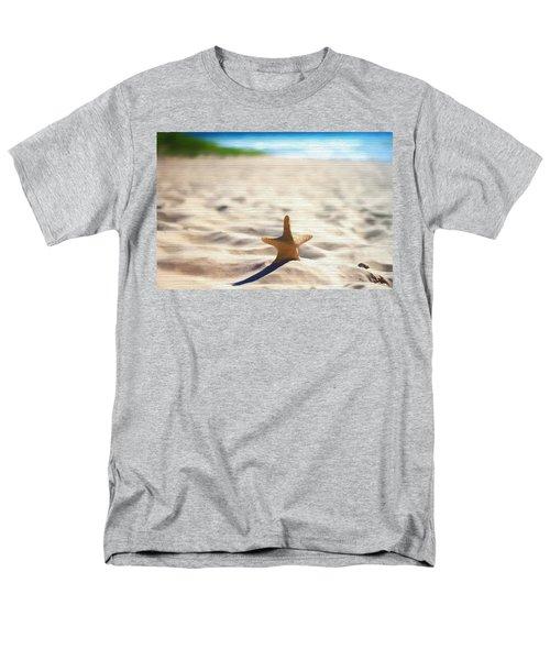 Beach Starfish Wood Texture Men's T-Shirt  (Regular Fit) by Dan Sproul