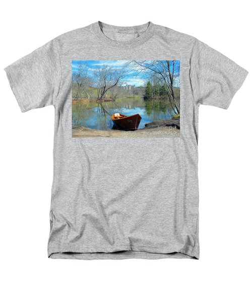 Biltmore Reflections Men's T-Shirt  (Regular Fit) by Li Newton