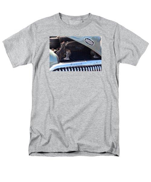 Buick Eight Men's T-Shirt  (Regular Fit)