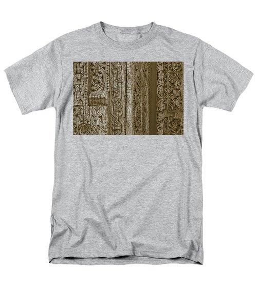Carving - 2 Men's T-Shirt  (Regular Fit) by Nikolyn McDonald