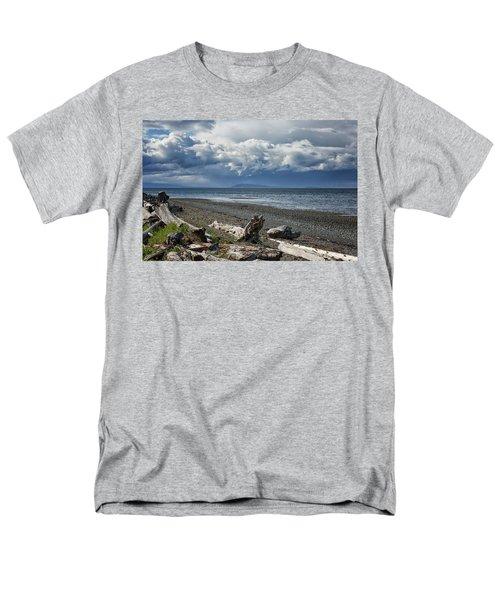 Columbia Beach Men's T-Shirt  (Regular Fit) by Randy Hall