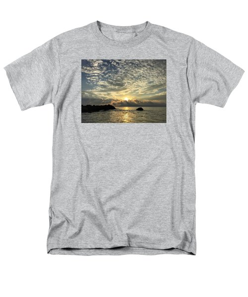 Cotton Clouds Men's T-Shirt  (Regular Fit)