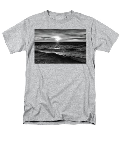 December 20-2016 Sunrise At Oro Station Bw  Men's T-Shirt  (Regular Fit) by Lyle Crump