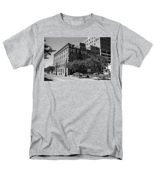 Denver Downtown Warehouse Bw Men's T-Shirt  (Regular Fit) by Frank Romeo
