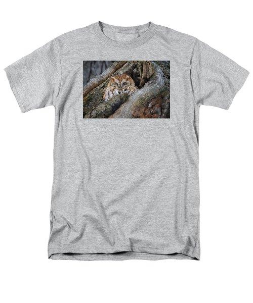 Eastern Screech Owl 2 Men's T-Shirt  (Regular Fit) by Gary Hall