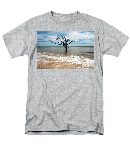 Edisto Island Tree Men's T-Shirt  (Regular Fit) by Robert Loe
