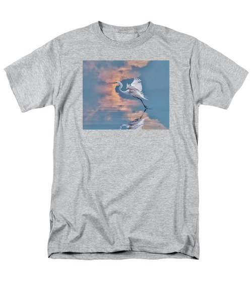 Men's T-Shirt  (Regular Fit) featuring the photograph Elegance by Brian Tarr