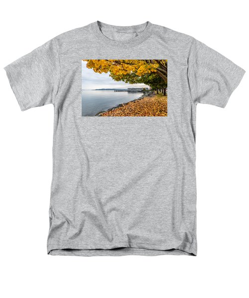 Fall Colors Framing Commencement Bay Men's T-Shirt  (Regular Fit) by Rob Green