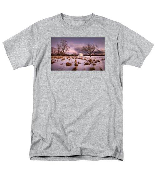 Garden Barn Men's T-Shirt  (Regular Fit) by Robert Clifford
