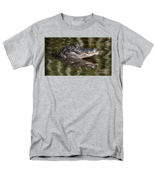 Gator With Dragonfly Men's T-Shirt  (Regular Fit) by Myrna Bradshaw