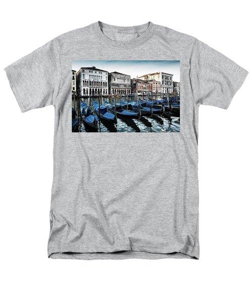 Gondolas Men's T-Shirt  (Regular Fit)