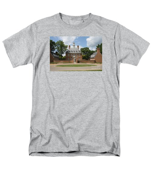 Governers Palace - Williamsburg Va Men's T-Shirt  (Regular Fit) by Christiane Schulze Art And Photography