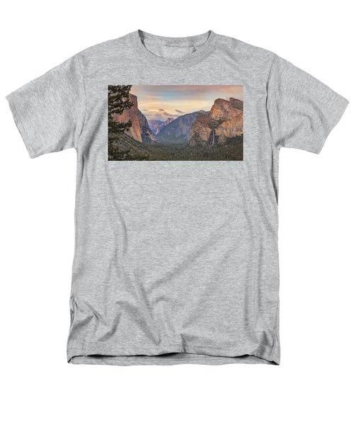 Yosemite Sunset Men's T-Shirt  (Regular Fit) by Harold Rau