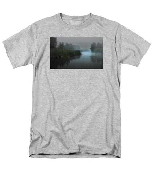 Haynes Ranch Predawn II Men's T-Shirt  (Regular Fit)