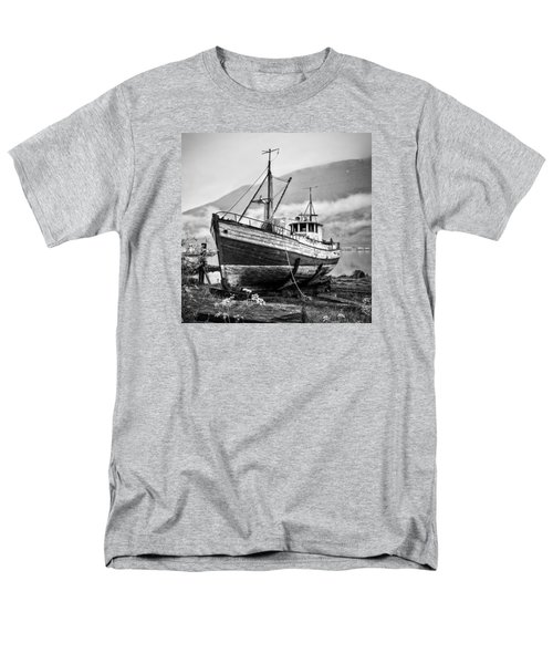 High And Dry Men's T-Shirt  (Regular Fit) by Brad Grove