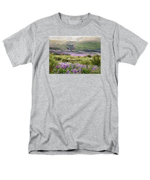 Icelandic Treasures Men's T-Shirt  (Regular Fit) by William Beuther