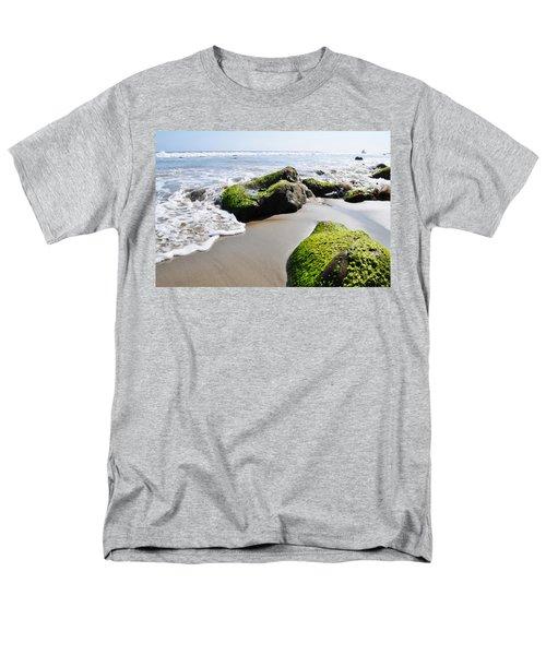 La Piedra Shore Malibu Men's T-Shirt  (Regular Fit) by Kyle Hanson