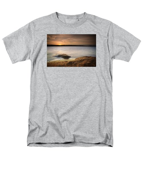 Lake Sunset I Men's T-Shirt  (Regular Fit)